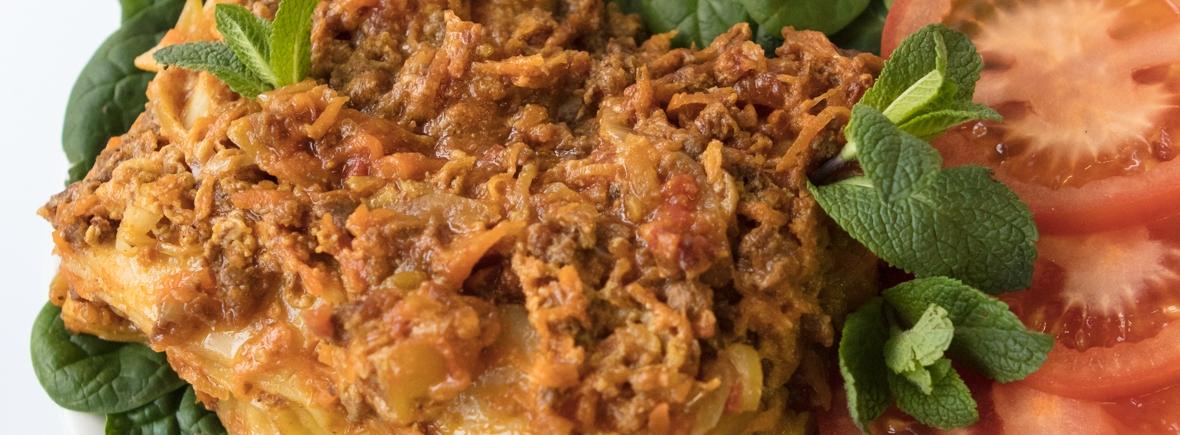 Shams lasagne tarjoilu
